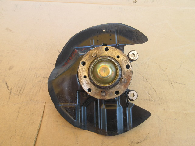 01-06 BMW M3 E46 Convertible #1047 Left Driver Side Hub Knuckle Spindle