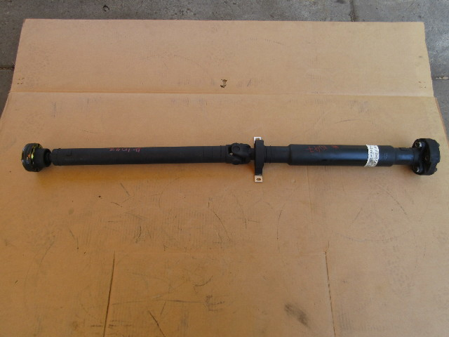 01-06 BMW M3 E46 #1047 SMG Or Manual 6spd S54 Driveshaft Drive Shaft 2229240