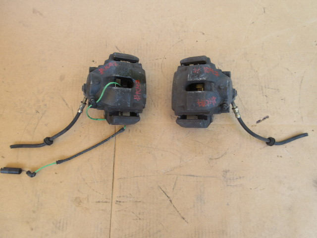 01-06 BMW M3 E46 Convertible #1047 OEM Brake Caliper Pair Front