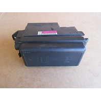 10 Mini Cooper S R56 #1003 Under Hood Fuse Relay Module Box 9213372