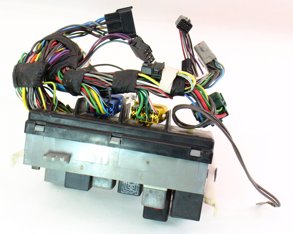 Audi Tt Mk2 Fuse Box Diagram Opinions About Wiring 2001 98 A8 Location 2005 Brake Odicis Layout