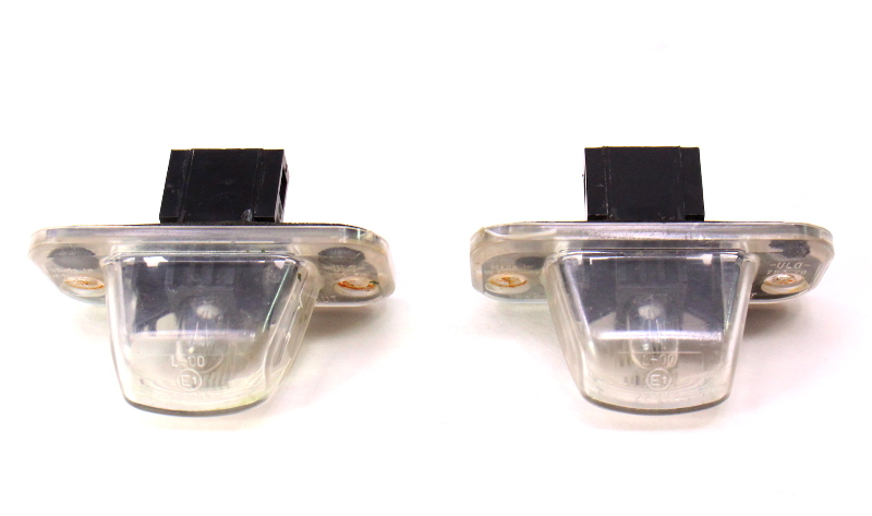 Rear License Plate Lights Lamps 92-03 VW EuroVan - Genuine - 701 943 021