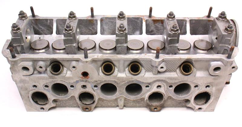 Cylinder Head VW Jetta Rabbit GTI Scirocco Cabriolet MK1 1.8 JH / 026 103 373 H
