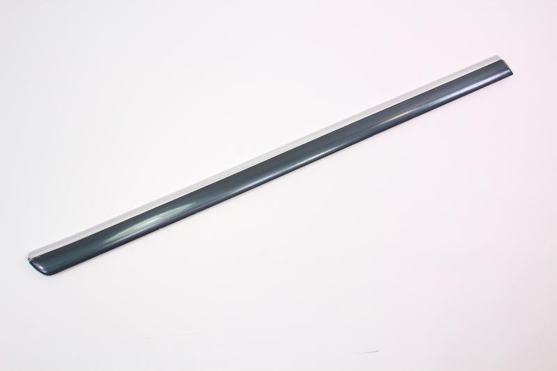 RH Rear Door Molding Trim Rub Strip 01-05 VW Passat B5.5 - LC7V - 3B0 853 754 D