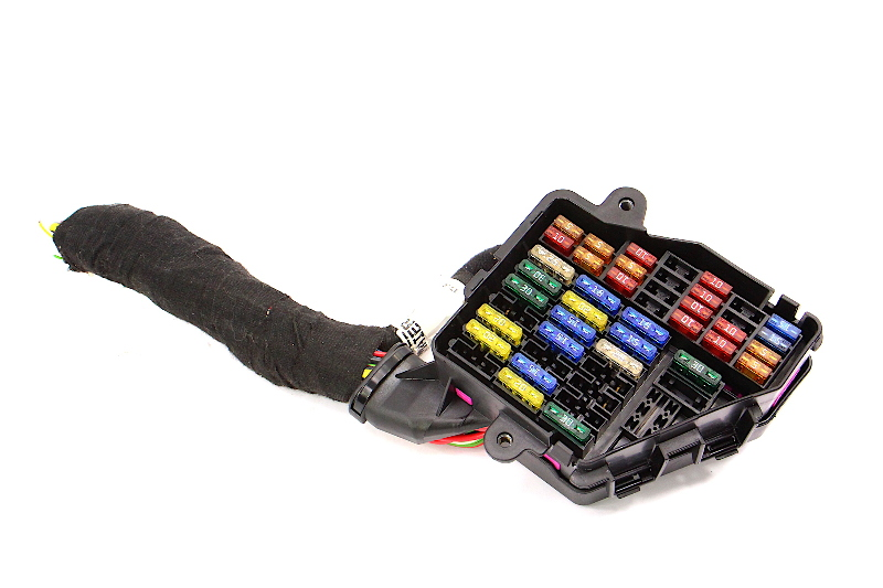 Under Dash Fuse Box Panel & Wiring Harness Pigtail 01-05 VW Passat B5.5 -