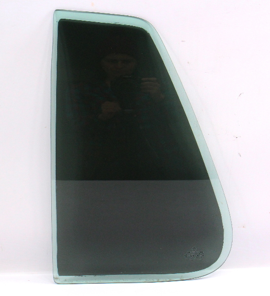 LH Rear Quarter Small Window Door Glass 99-05 VW Golf MK4 - Genuine - Tinted