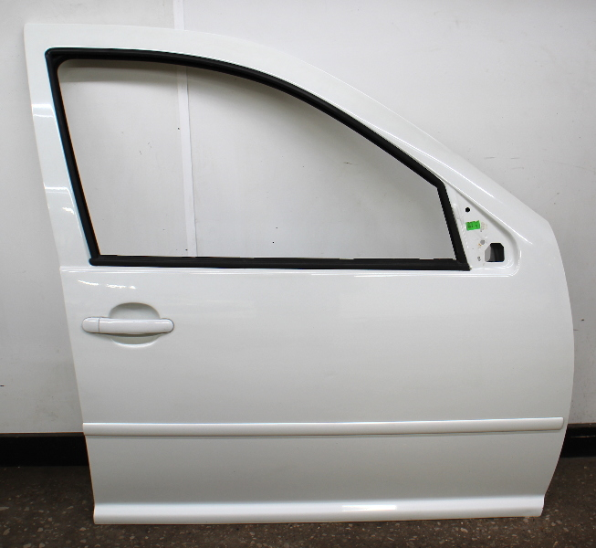 RH Front Exterior Door Shell 99-05 VW Jetta Golf MK4 4 Door LA9B Cool White