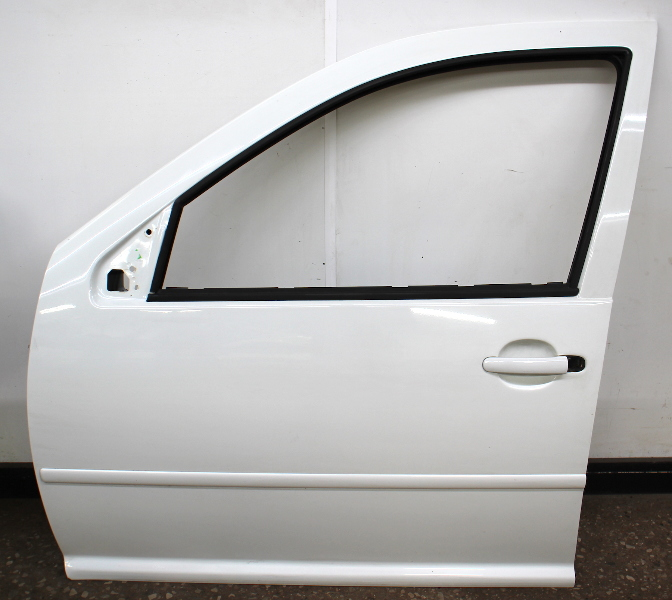 LH Front Driver Exterior Door Shell 99-05 VW Jetta Golf MK4 4DR LA9B Cool White