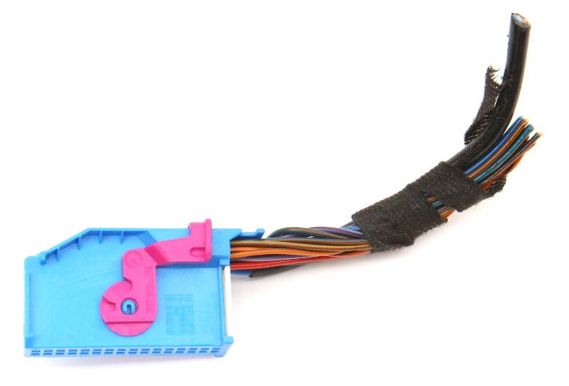 Gauge Cluster Wiring Harness Pigtail Plug 11-18 VW Jetta MK6 Sedan 1J0 972 977 D