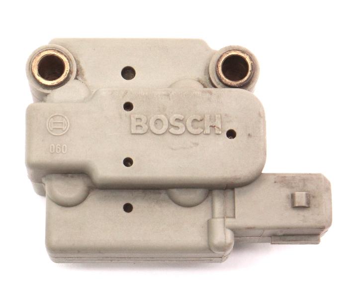 Differential Fuel Pressure Regulator 85-89 VW Jetta Golf MK2 Scirocco 2437020005