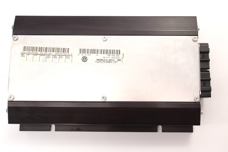 Factory Amp Amplifier 12 Channel 04-06 VW Phaeton - 3D0 035 466