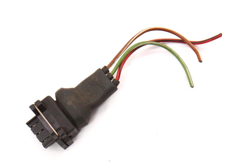 Distributor Wiring Pigtail Plug Harness VW Jetta Golf GTI MK2 Vanagon 052 905 327