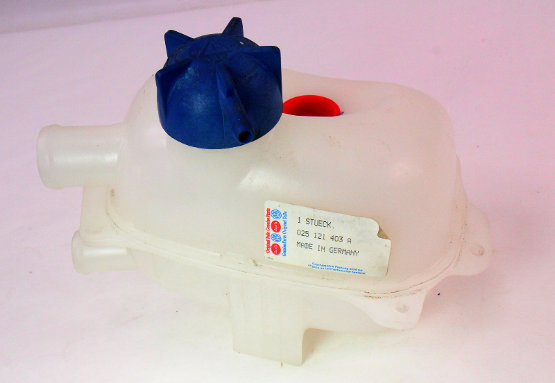 NOS Coolant Tank Reservoir 83-85 VW Vanagon T3 1.9 - Genuine - 025 121 403 A
