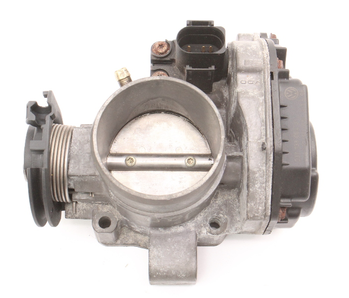 Throttle Body 98-99 VW Jetta Golf MK3 99-02 Cabrio 2.0 ABA ~ 037 133 064 J