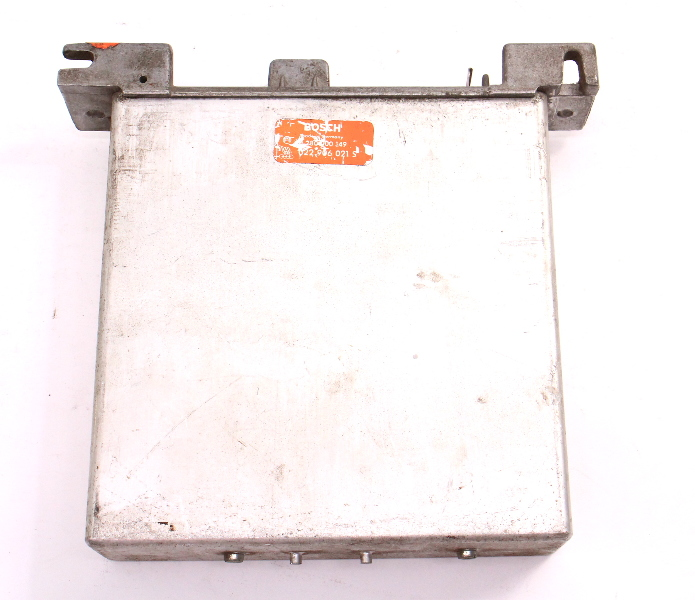 Engine Computer ECU ECM 77-83 VW Transporter Bus Vanagon MT FED - 022 906 021 S