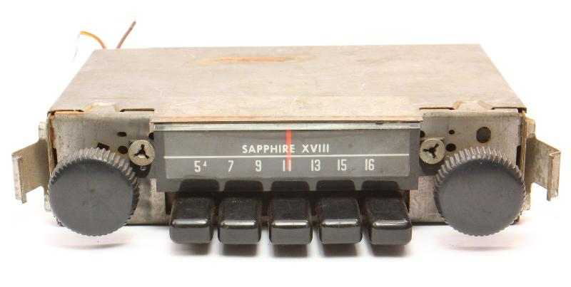 Sapphire XVIII Motorola Factory AM Radio 68-79 VW Beetle Bug Aircooled - Vintage