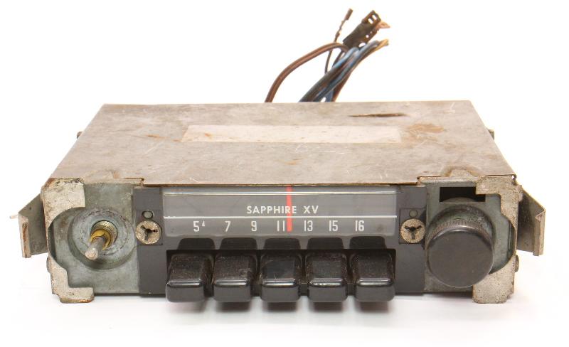 Sapphire XV Motorola Factory AM Radio 68-79 VW Beetle Bug Aircooled - Vintage