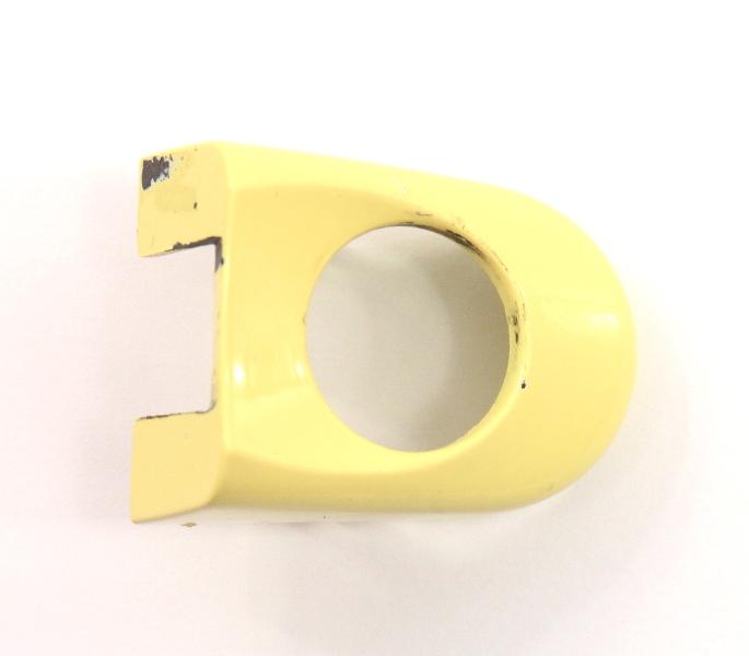 LH Exterior Door Handle Thumb Cap 98-10 VW Beetle LD1B Yellow - 1C0 837 879