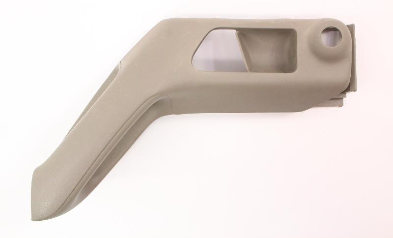 LH Front Door Panel Pull Grab Handle 96-99 VW Jetta Golf MK3 - 1H0 867 179