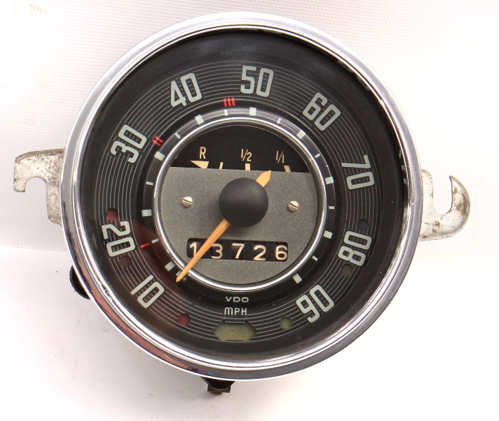 1968 VW Beetle Bug Speedometer Gauge Cluster Vintage Aircooled . 113 957 023 B .