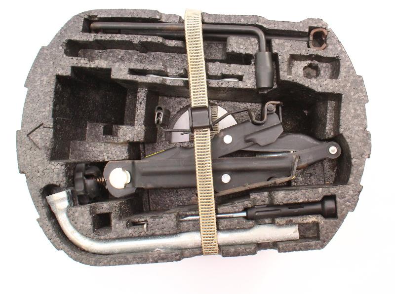 Spare Tire Tool Kit Jack Lug Wrench Tow Hook Set 98-10 VW Beetle ~ Genuine