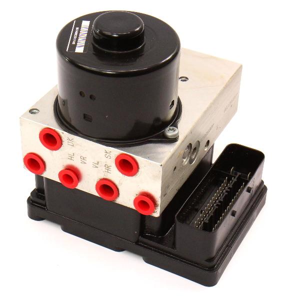 ABS Pump & Computer Module 04 2004 VW Touareg - 7L0 907 379 D / 7L0 614 111 E