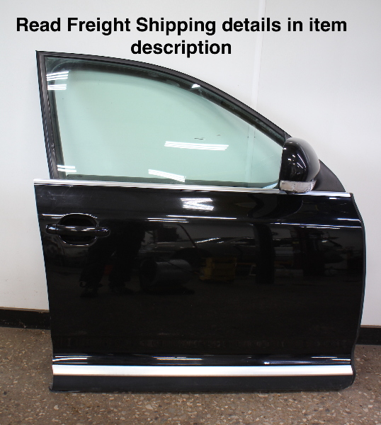 RH Front Complete Door Assembly 04-10 VW Touareg - L041 Black