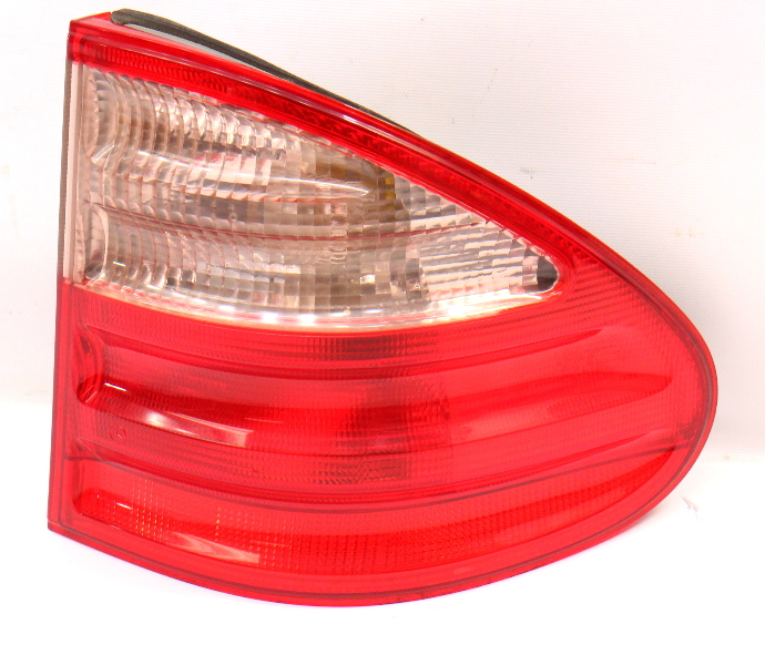 RH Tail Light Lamp 98-99 Mercedes Benz E320 Wagon W210 - 210 820 56 64