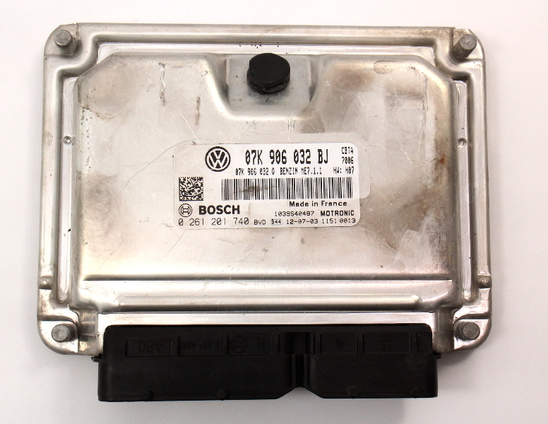 ECU Engine Computer 08-09 VW Jetta Rabbit MK5 2.5 Manual Trans - 07K 906 032 BJ