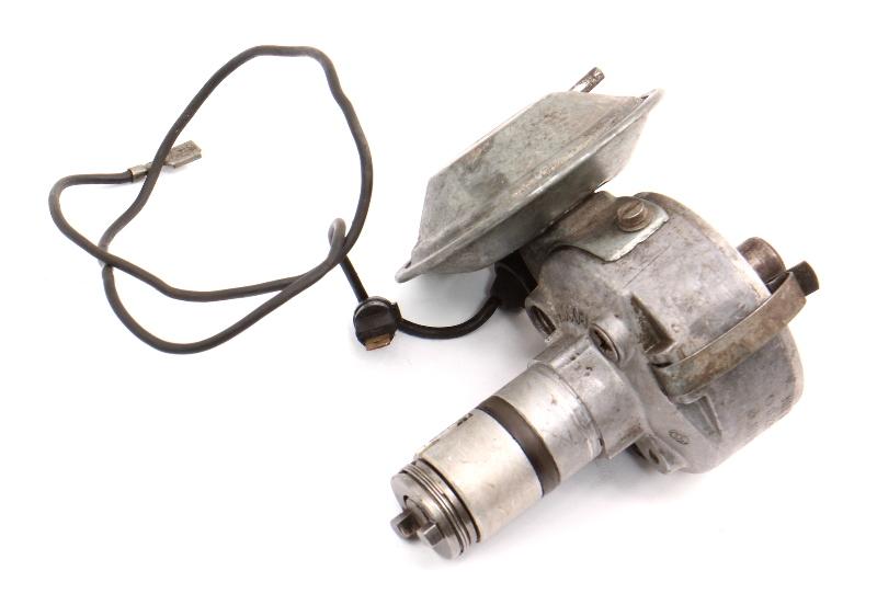 Ignition Distributor 69-70 VW Beetle Bus 1500 1600 Genuine Bosch : 113 905 205 T