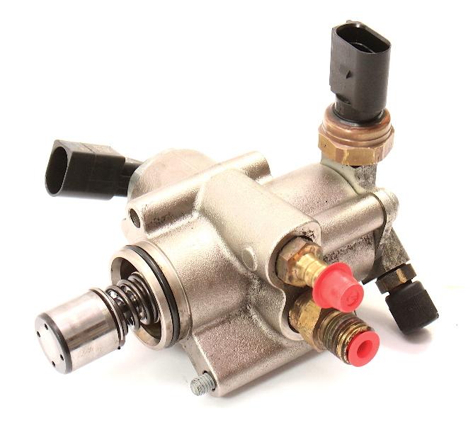 HPFP High Pressure Fuel Pump VW GTI Jetta MK5 Passat Audi A3 A4 TT 06F 127 025 M
