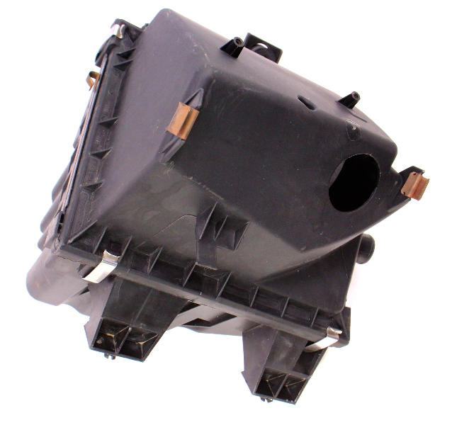Airbox Air Box Filter Cleaner 02-05VW Passat B5.5 1.8T ~ 3B0 133 837 AJ