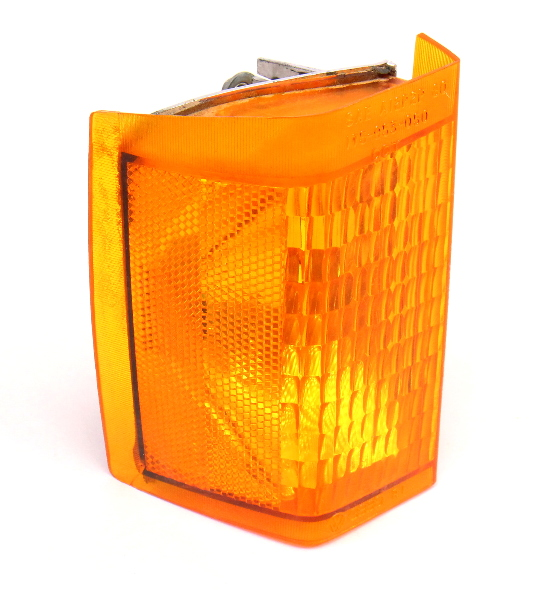 RH Turn Signal Corner Light Lamp 81-84 VW Rabbit MK1 Genuine 175 953 050