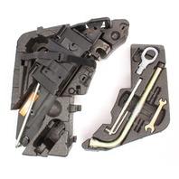 Jack Trunk Tool Kit 04-10 VW Touareg - Genuine