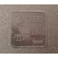 RH Front Seat Belt Receiver Buckle 98-01 VW Passat B5 Seatbelt - 3B0 858 472