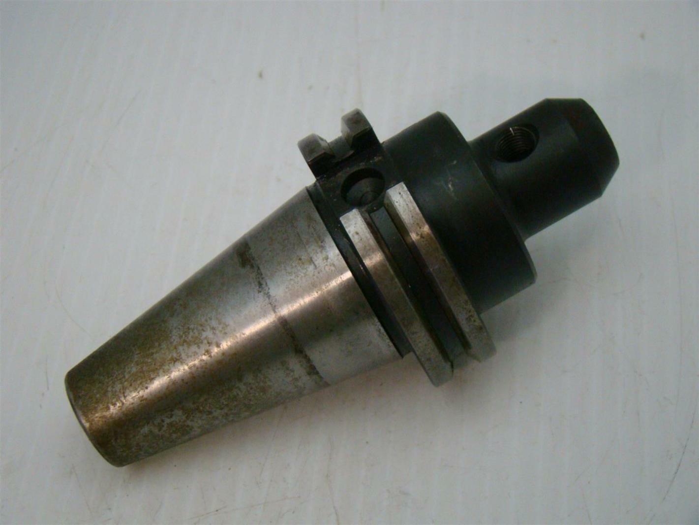 """Lyndex B3006-0375 BT30 3//8/"""" Diameter End Mill Holder"""