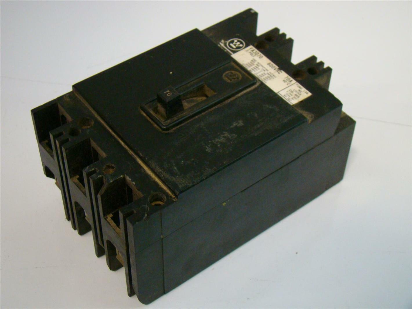 Westinghouse Circuit Breaker 3Pole 600Vac 70A 372D021G22 FA3070