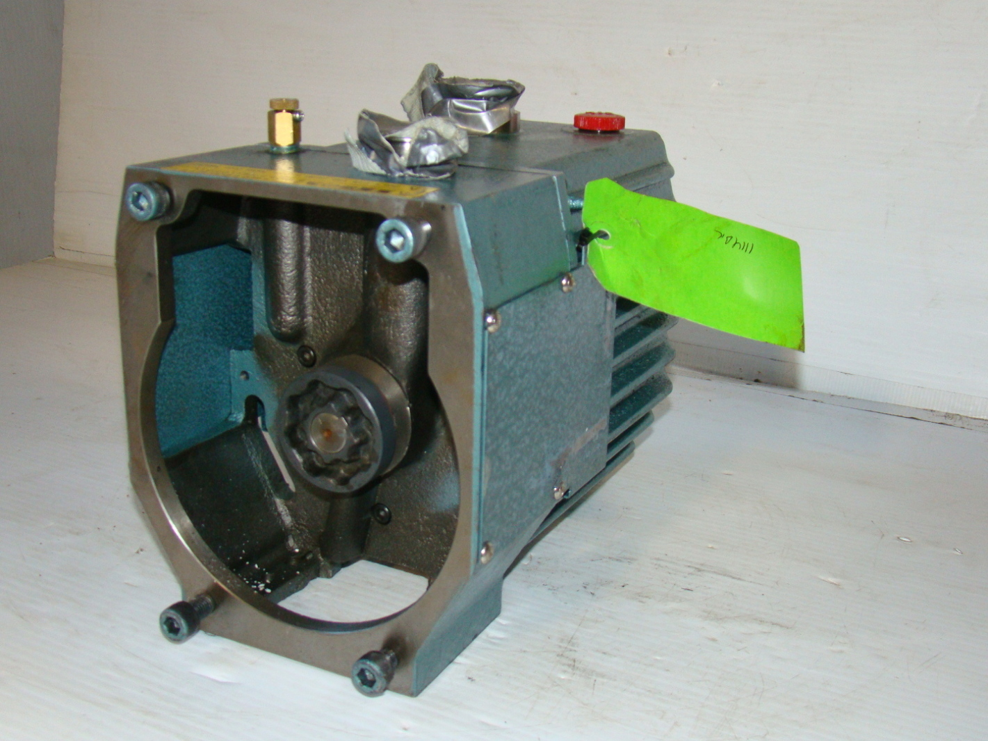 Tokuda Oil SEALED Rotary Vacuum Pump DRP 360II