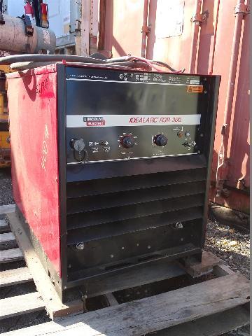 Lincoln Electric Idealarc 300A DC Welder  230/460v 3-PH, R3R-300