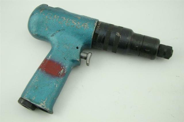 "CLECO , 1/4"" Port Pneumatic Pistol Grip Screw/Nut Driver 85RSATP-20B"