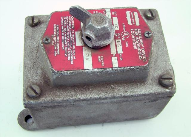 Arktite Crouse Hinds EDS Series Switch Control Station EDS-171