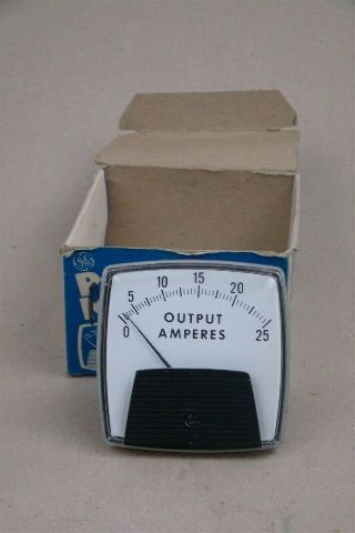 """DAE 3.25"""" Output Amps Panel Meter, 0-25 , 471D"""