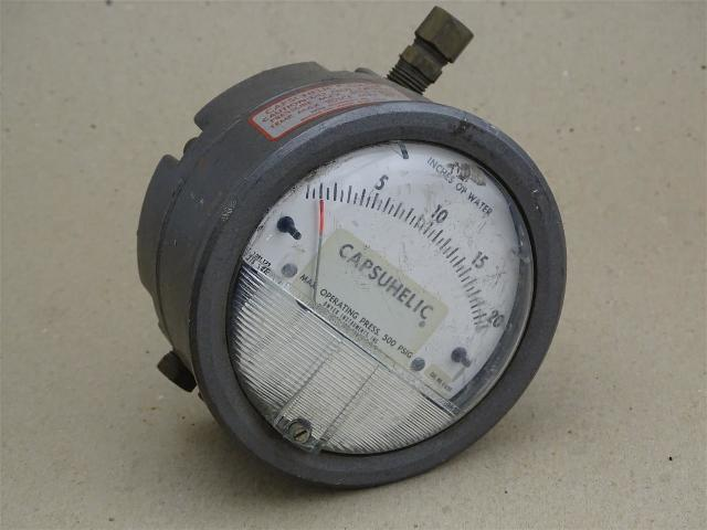 Dwyer Capsuhelic Pressure  , Gauge