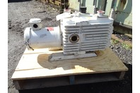 Leybold Heraeus  Dual Stage Rotary Vacuum Pump  1.5HP,208-230/460v, D30AC