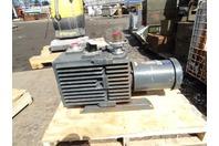 Leybold Heraeus  Dual Stage Rotary Vacuum Pump  1hp, 208-230/460 V , D30AC