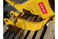 "Single Shank Mini Excavator Ripper, 40mm Pin,  5 1/2""between Ears, CAT303"