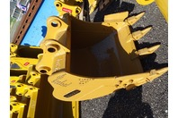 "36"" Excavator Bucket , 65mm Pin, 11""between Ears, CAT312"