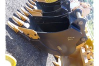 "30"" Excavator Bucket, 80mm Pin, 330mm Inside Ears 13""between Ears, 200Class"