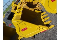"39"" Excavator Bucket, Komatsu, 60mm Pin,  10 1/2""between Ears, PC120"