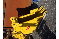 "12"" Mini Excavator Bucket, 50mm Pin,  8 ""between Ears, CAT307"